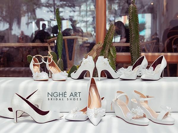 Bộ sưu tập giày cưới nơ 2021