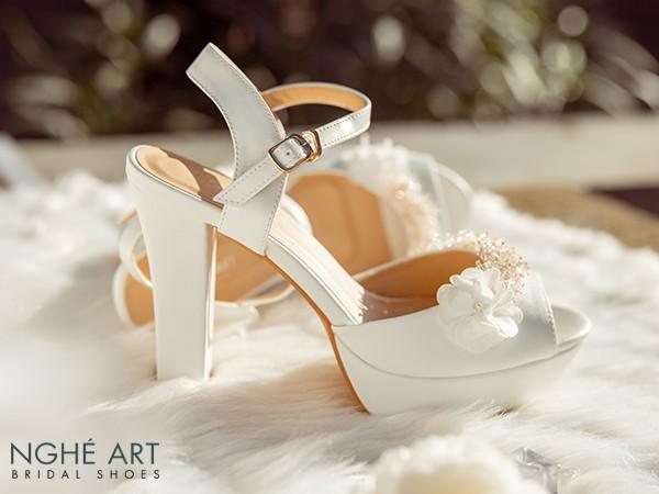 Giày cưới đẹp dành cho cô dâu: Top 5 nguyên tắc chọn giày