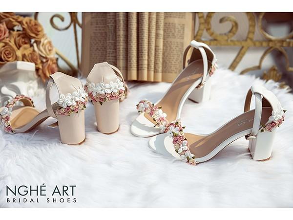Thiết kế giày cưới độc đáo, mang ý nghĩa sâu sắc đến từ nhà Nghé Art