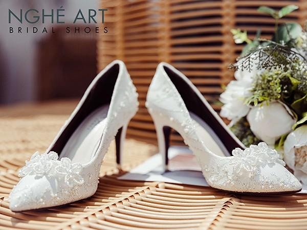 Tại sao nên mua giày cưới Nghé Art?