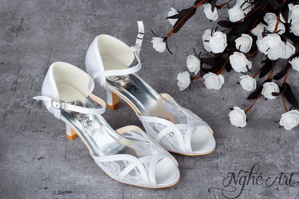 Giày cưới ren trắng 106 - 6 phân