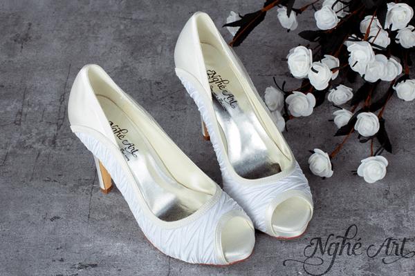 Giày cưới satin xếp li 141 - 10 phân