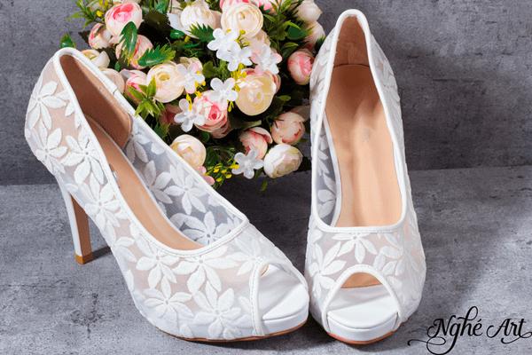 Giày ren trắng 086 - 10 phân