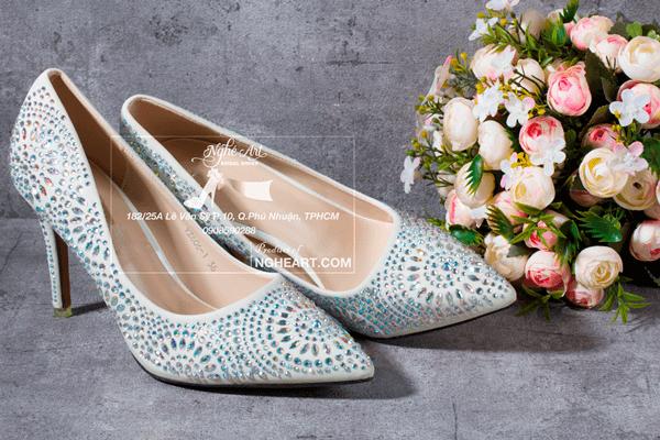 Giày cưới satin đính hạt 169 - 9 phân