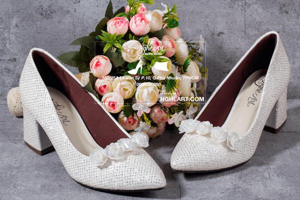 Giày cưới kim tuyến hoa hồng 185 - 6 phân