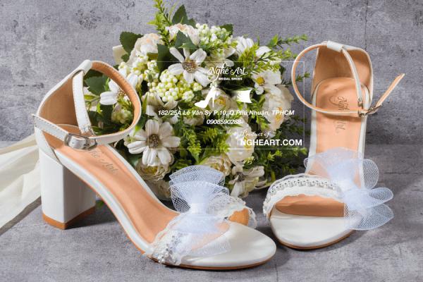 Giày cưới sandal đính nơ phối dây đá 207 - 7 phân