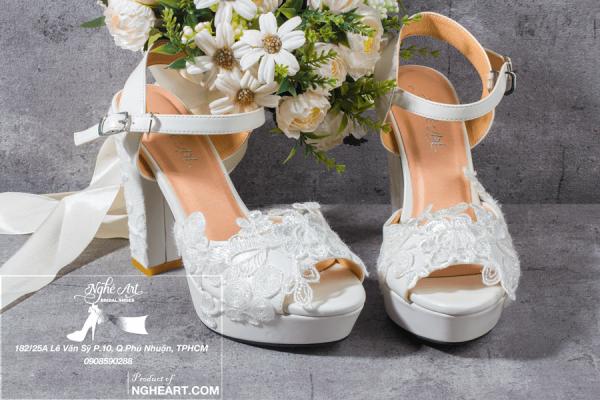 Giày cưới sandal ren đắp 209 - 12 phân