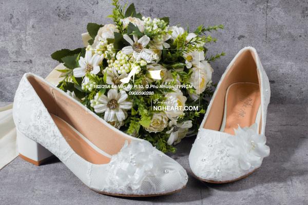 Giày cưới ren đính hoa giấy 208 - 3 phân