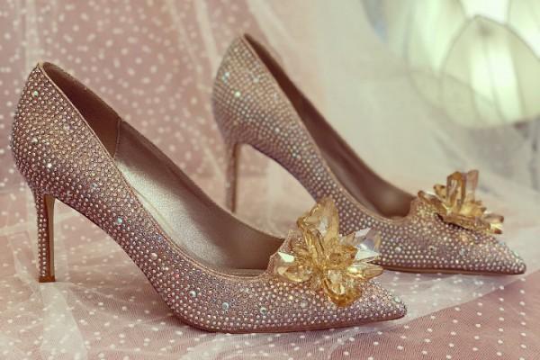 Giày cưới Nghé Art đính đá màu vàng đồng cao cấp 278 - 9 phân
