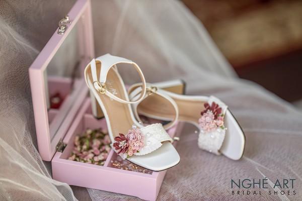 Giày cưới Nghé Art cao gót hoa hồng đỏ 300 - 9 phân