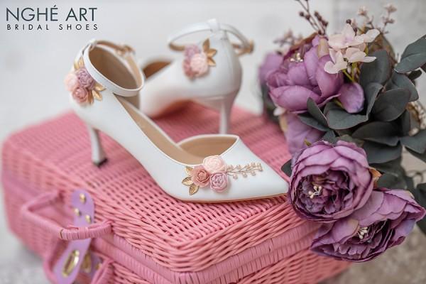 Giày cưới Nghé Art hở eo hoa hồng 291 - 7 phân