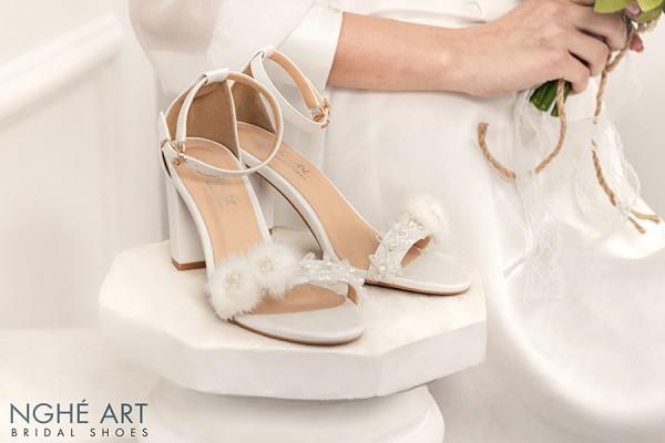 Giày cưới Nghé Art sandal voan ngọc trai 303 - 7 phân