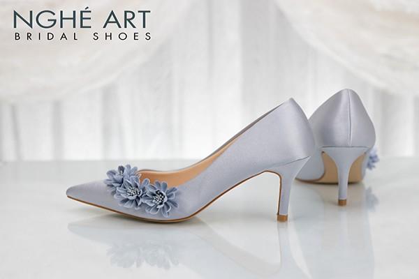 Giày cưới Nghé Art satin xám hoa xanh 317 - 7 phân