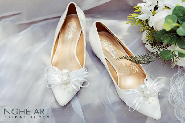 Giày cưới Nghé Art nơ gót vuông 4 phân trắng 326 - 4 phân gót vuông