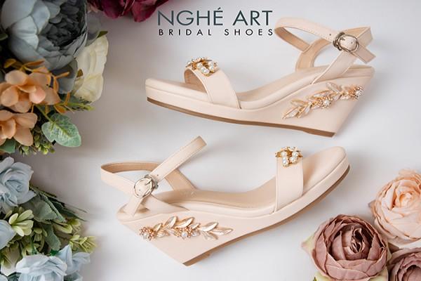 Giày cưới Nghé Art đế xuồng đính hoạ tiết 353 - Nude