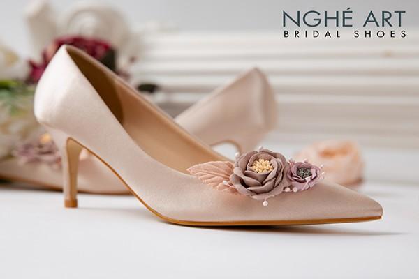 Giày cưới Nghé Art lụa satin hoa vinatge 354 - Nude