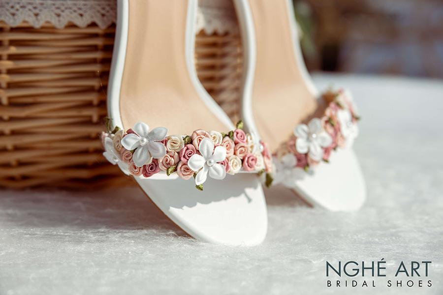 10 kiểu giày cao gót đẹp mà phụ nữ cần biết (P2) - Ảnh 8 -  Nghé Art Bridal Shoes – 0908590288