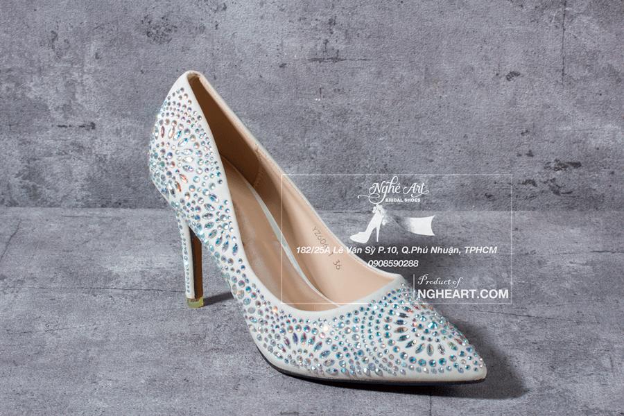 Giày cưới satin đính hạt 169 - Ảnh 3 -  Nghé Art Bridal Shoes – 0908590288