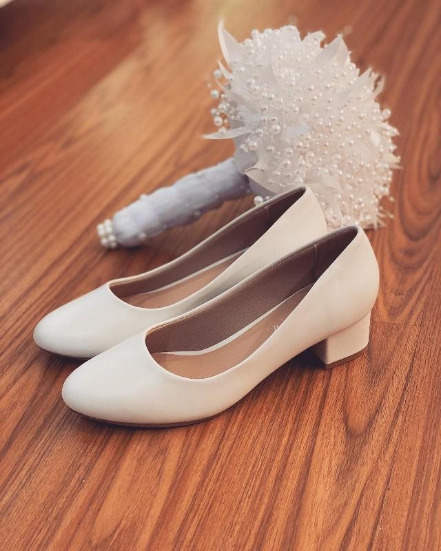 Giày cưới Nghé Art basic mũi bầu gót vuông trắng 205 - Ảnh 2 -  Nghé Art Bridal Shoes – 0908590288
