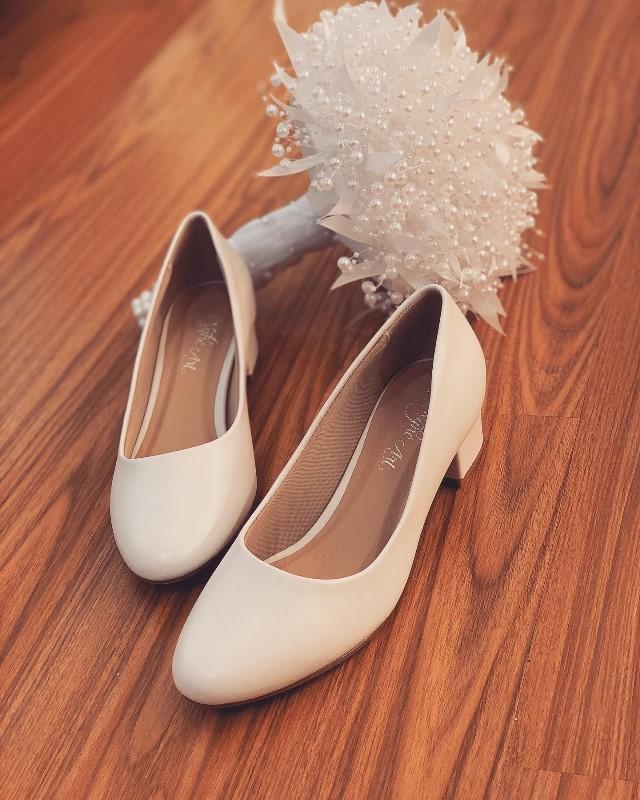 Giày cưới Nghé Art basic mũi bầu gót vuông trắng 205 - Ảnh 3 -  Nghé Art Bridal Shoes – 0908590288
