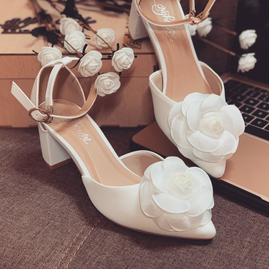 Giày cưới quai sandal gót vuông hoa hồng lụa pha voan 232 - Ảnh 5 -  Nghé Art Bridal Shoes – 0908590288