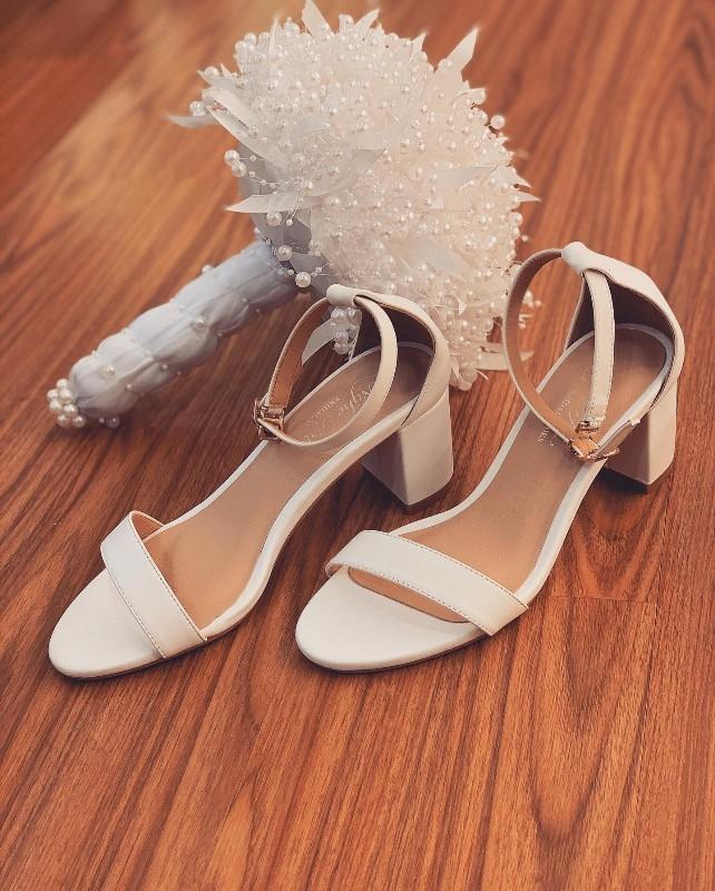 Giày cưới Nghé Art basic quai sandal trắng 252 - Ảnh 1 -  Nghé Art Bridal Shoes – 0908590288