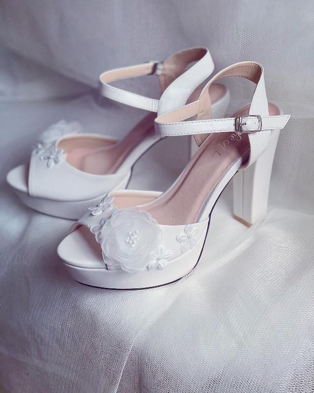 Giày cưới Nghé Art cao gót mũi đúp đính hoa 255 - Ảnh 4 -  Nghé Art Bridal Shoes – 0908590288