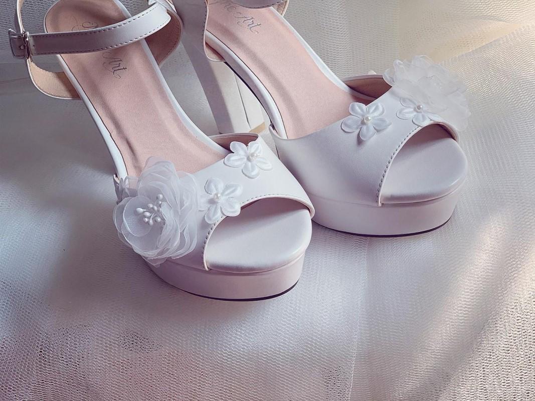 Giày cưới Nghé Art cao gót mũi đúp đính hoa 255 - Ảnh 5 -  Nghé Art Bridal Shoes – 0908590288