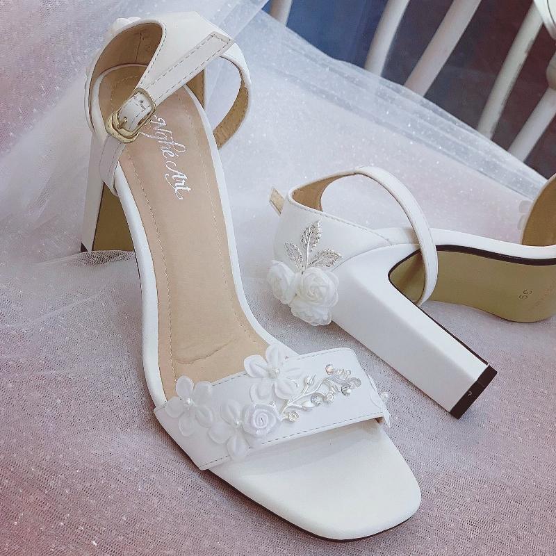 Giày cưới Nghé Art sandal hoa bưởi đính gót 258 - Ảnh 1 -  Nghé Art Bridal Shoes – 0908590288