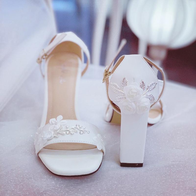 Giày cưới Nghé Art sandal hoa bưởi đính gót 258 - Ảnh 2 -  Nghé Art Bridal Shoes – 0908590288