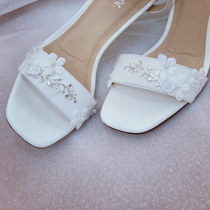 Giày cưới Nghé Art sandal hoa bưởi đính gót 258 - Ảnh 4 -  Nghé Art Bridal Shoes – 0908590288