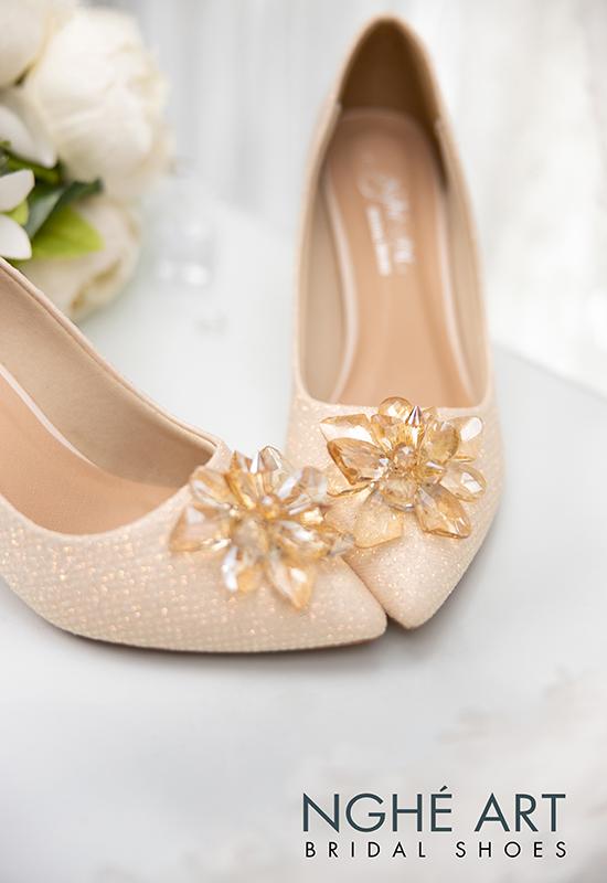 Giày cưới Nghé Art handmade ren kim tuyến nude hoa đá 321 - Ảnh 2 -  Nghé Art Bridal Shoes – 0908590288