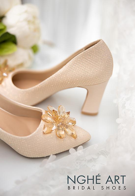 Giày cưới Nghé Art handmade ren kim tuyến nude hoa đá 321 - Ảnh 4 -  Nghé Art Bridal Shoes – 0908590288