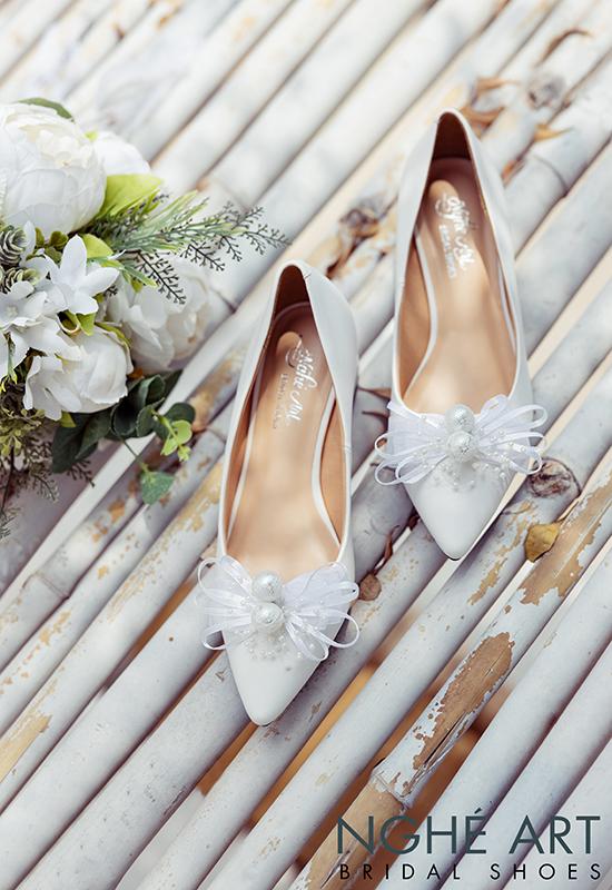 Giày cưới Nghé Art nơ gót vuông 4 phân trắng 326 - Ảnh 5 -  Nghé Art Bridal Shoes – 0908590288