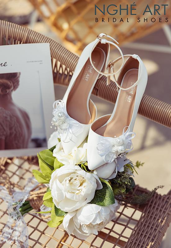 Giày cưới Nghé Art khoét eo đính nơ trắng 327 - Ảnh 4 -  Nghé Art Bridal Shoes – 0908590288