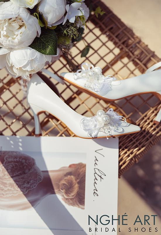 Giày cưới Nghé Art khoét eo đính nơ trắng 327 - Ảnh 5 -  Nghé Art Bridal Shoes – 0908590288