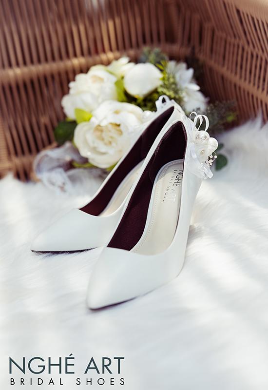 Giày cưới Nghé Art gót đính nơ màu trắng 328 - Ảnh 4 -  Nghé Art Bridal Shoes – 0908590288