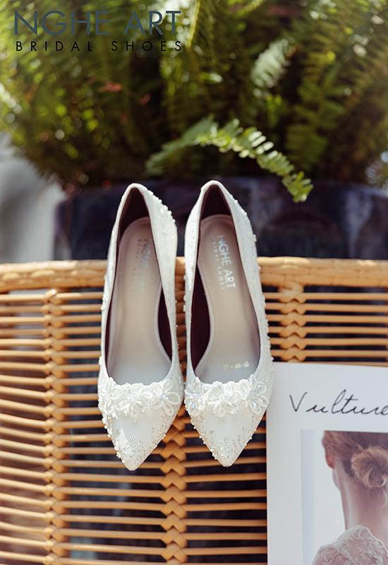 Giày cưới Nghé Art ren kim tuyến đính hoa đá 5 cánh 332 - Ảnh 4 -  Nghé Art Bridal Shoes – 0908590288