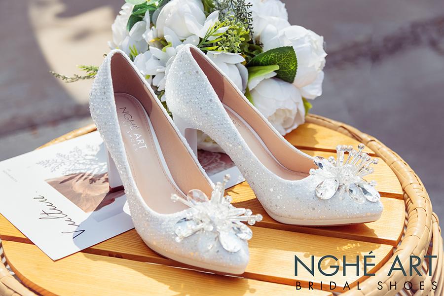 Giày cưới Nghé Art ren kim sa đính hoa đá 333 - Ảnh 3 -  Nghé Art Bridal Shoes – 0908590288