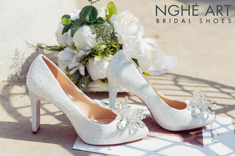Giày cưới Nghé Art ren kim sa đính hoa đá 333 - Ảnh 4 -  Nghé Art Bridal Shoes – 0908590288