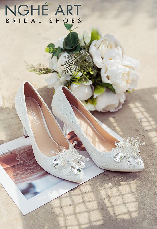 Giày cưới Nghé Art ren kim sa đính hoa đá 333 - Ảnh 7 -  Nghé Art Bridal Shoes – 0908590288