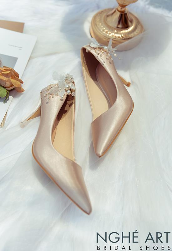 Giày cưới Nghé Art satin nude gót đính nhành hoa 337 - Ảnh 4 -  Nghé Art Bridal Shoes – 0908590288