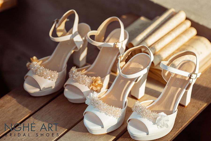 Giày cưới Nghé Art cao gót đính hoa pha lê 341 trắng và nude - Ảnh 2 - Nghé Art Bridal Shoes – 0908590288