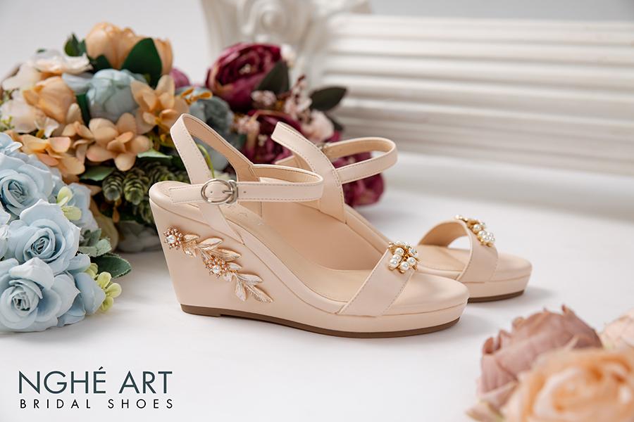 Giày cưới Nghé Art đế xuồng đính hoạ tiết 353 - Ảnh 1 -  Nghé Art Bridal Shoes – 0908590288