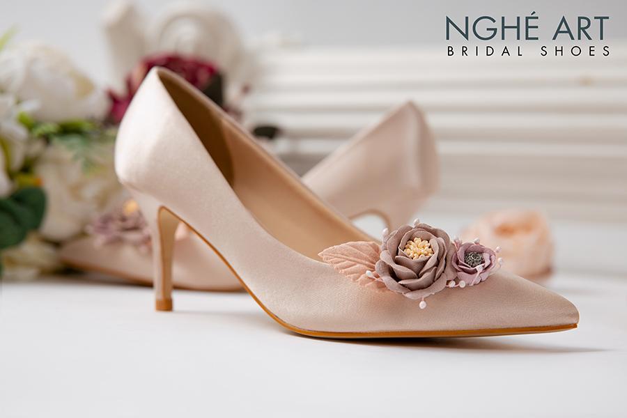 Giày cưới Nghé Art lụa satin hoa vinatge 354 - Ảnh 1 -  Nghé Art Bridal Shoes – 0908590288