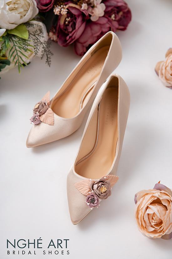 Giày cưới Nghé Art lụa satin hoa vinatge 354 - Ảnh 3 -  Nghé Art Bridal Shoes – 0908590288