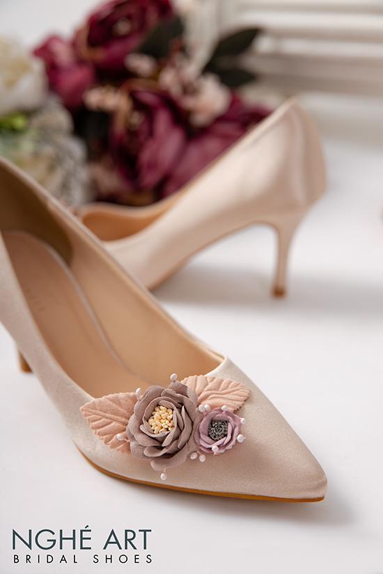 Giày cưới Nghé Art lụa satin hoa vinatge 354 - Ảnh 4 -  Nghé Art Bridal Shoes – 0908590288
