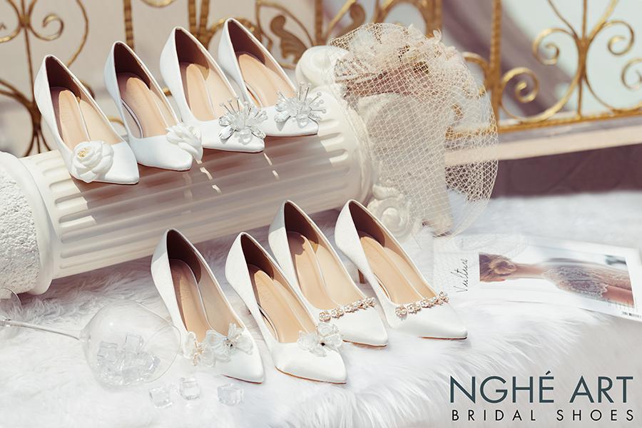 Bộ sưu tập giày cưới lụa satin trắng 2021 - Ảnh 1 -  Nghé Art Bridal Shoes – 0908590288