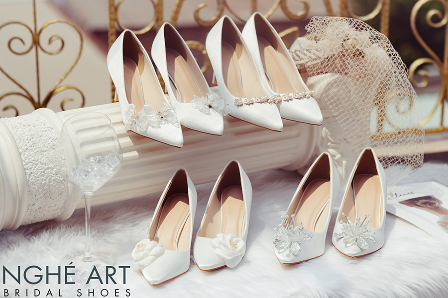 Bộ sưu tập giày cưới lụa satin trắng 2021 - Ảnh 5 -  Nghé Art Bridal Shoes – 0908590288