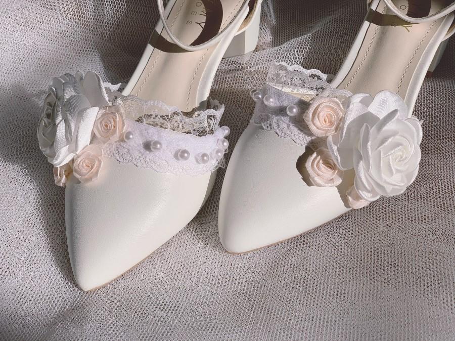 Giày cưới gót vuông hoa 153- Ảnh 6- Nghé Art Bridal Shoes – 0908590288